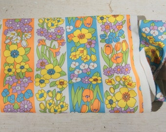 Vintage 1960s Mod Fabric just shy of a yard