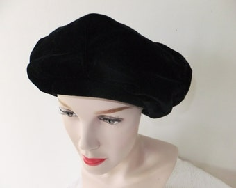 Vintage Ranleigh Black Velvet Hat with Bow Designer Retro Accessories