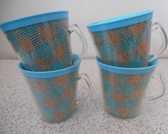 checks in blue and beige...set of 4 plastic raffiaware picnic cups