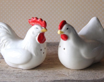 Vintage Rooster and Hen Chicken Salt and Pepper Shakers