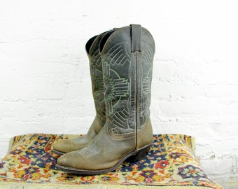 Vintage Aztec Leather Western Cowboy Boots- Green Brown Leather Pointed Toe and Heel- Size  6 1/2
