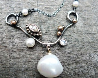 Baroque pearl necklace,art deco necklace, silver necklace with baroque pearl, unique pearl necklace,High luster necklace,