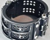 Machined Aluminum Grid Iron Cuff - Distressed Black