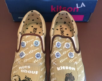 Kitson Diva Buttons Slip On Natural Brown Size 6.5