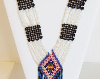 Nice Vintage 1970's Handmade Flapper Seed Bead Necklace