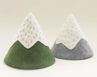 Mountain Peak Green Felt Embroidery Party Hat
