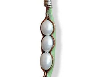 Pearl Pod Pendant