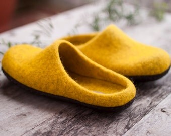 Yellow felted slippers women wool home shoes men slippers adult wool slippers woolen clogs brown rubber sole handmade Christmas gift