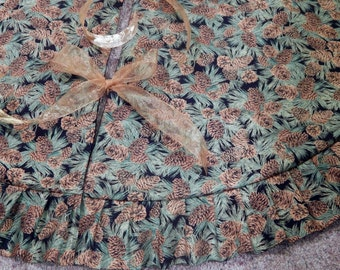 "LARGE 50"" Metallic Pinecones Christmas Holiday Tree Skirt IN STOCK"