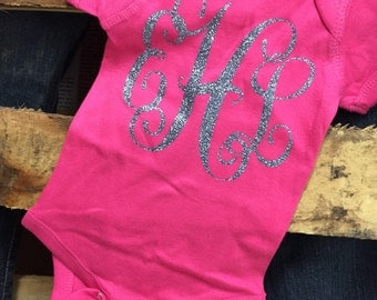 Infant or Newborn Vines Monogram Onsie in Matte or Glitter Lettering, Great for a Shower Gift for that Special Newborn