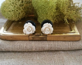 Flower Plugs, Wedding Gauges, Taupe Roses