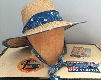 1950s straw sun hat / 50s womens straw beach hat / Garden hat