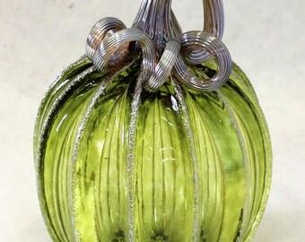 Hand Blown Glass Art Sculpture Lime Pumpkin Oneil 6172