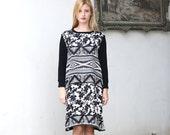 Boho long sleeve dress / black and white shift dress / Long Tshirt dress - 20% Off