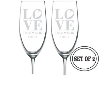 2 ETCHED LOVE Champagne Glasses Wedding Gift Valentines Gift Christmas Gift Anniversary Gift Personalized Wine Glass Set Valentines Day Gift