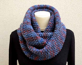 Infinity Scarf - Knitted Neckwarmer in shades of blue and bordeaux -Handmade by T. Catana - Made to Order: 4-6 business days.