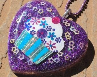 Holographic Cupcake Purple Heart Resin Necklace, Colorful Cupcake Glittery Heart Resin Pendant, Kawaii Sweet Treats Junk Food Resin Pendant