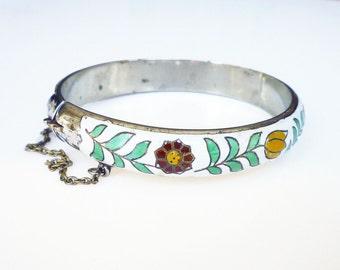 Siam Sterling Bangle Bracelet White Enamel Tulip Daisy Flower Heart Boho Vintage Jewelry