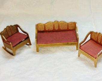 Tootsie Toy Dollhouse Living Room, Lattice Pattern, Gold, Three Quarter Scale, Rose Cushions