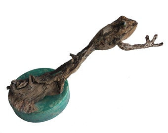 Spotted Leap Jumping Frog Wood Carving Original Sculpture by US Artist Rick Cain