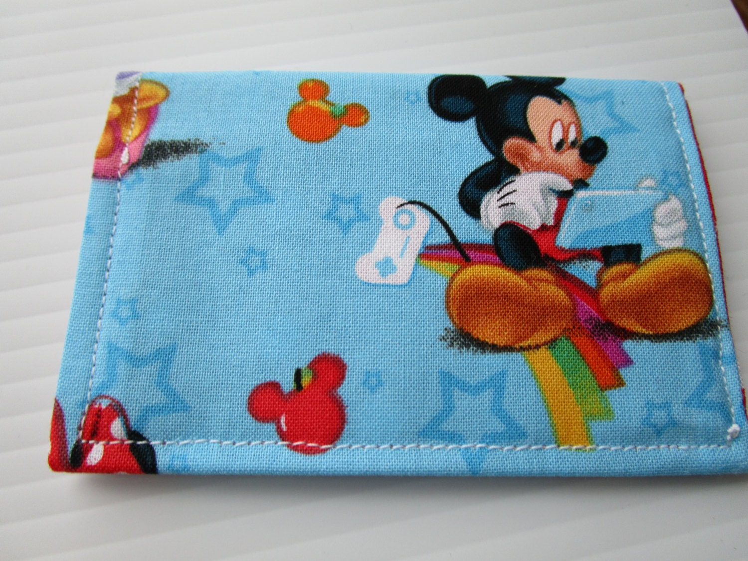 Minnie Mouse, Daffy Duck and Mickey Mouse Wallet, Disney Pass ...
