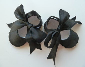 Baby Girl Shoes . Black Satin Ballet Slippers with Silk Ribbon Ties . Infant Ballet Flats . Baby Ballerina Photo Prop