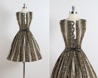Coquette I . vintage 1950s dress . vintage cotton dress . 5469