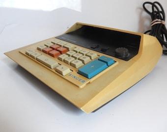 Vintage Early 1970's Space Age SINGER Friden Desktop Electronic Calculator - Works - Model 1202