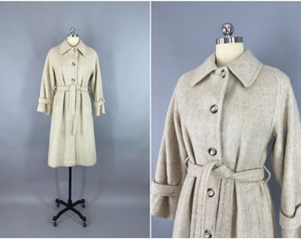 Vintage Overcoat / Mohair Wool / Ivory Winter White / Belted Trenchcoat / Winter / Forecaster Boston 1980s / Size Small 7 8 S