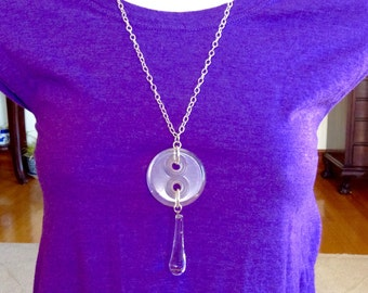 Alluringly Bold button necklace