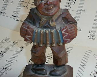 Vintage Wood Carving Italian Accordion Musician Man