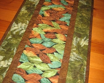 Fall Quilted Table Runner, Teal Green Brown Gold Leaves Fall Tablerunner, Autumn Earth Tone, Reversible Fall Autumn Decor