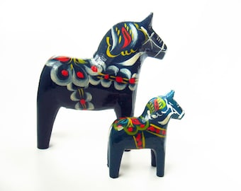 "Two vintage Dala Horses 5.5"" and 3"" - Traditional Swedish Wooden Horse - Blue - Akta Dalahemslojd - Made in Sweden - Hand Painted"