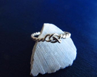 Celtic knot ring, lovers knot ring, symbol ring, endless love ring, friendship ring