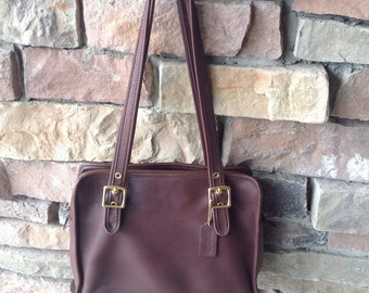 Vintage Brown Leather Coach Purse / 9163