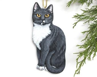 Custom Cat Ornament - Single Cat Christmas Portrait - Wooden Handmade Hand Painted Feline Decoration - Personalized Kitty Ornament