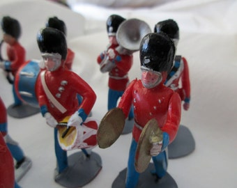 vintage cake decorations- 1960s,  marching band, red and blue, parade