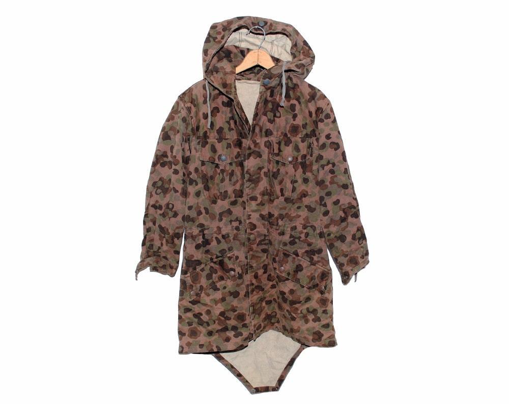 Vintage Austrian Camo Dark Brown & Green 100% Cotton Hooded Utility Jacket - Medium