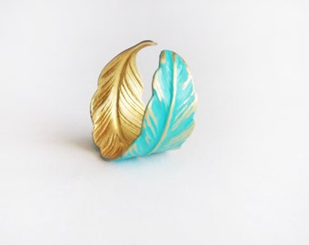 Feather ring,verdigris feather ring, adjustable brass feather ring,turquoise feather ring,shabby chic ring,adjustable turquoise feather ring