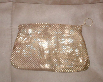 Vintage WHITING & DAVIS Gold Metal Mesh small Clutch Purse