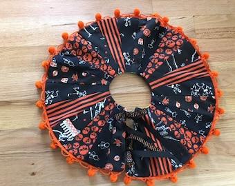 "Halloween Tree Skirt Reversible Patchwork 19"" Diameter Dresden Plate Handmade Vintage Fabrics"