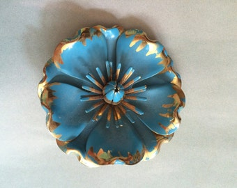 vintage 1960's hand painted flower brooch / 60's mod accessory / scarve pin / robins egg blue gold tone / retro jewelry