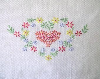 Vintage Guest Towel Embroidered, Heart flower, floral, tea towel, dish towel