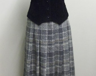Vintage 1970's Grey Wool Pleated Skirt