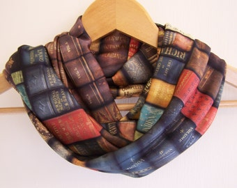Vintage Books Infinity Scarf