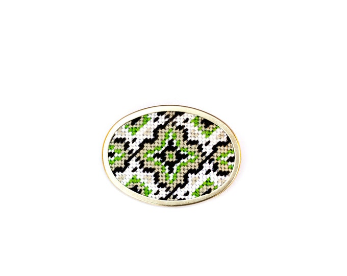 DIY Needlepoint Jewelry Kits: Medallion Pin