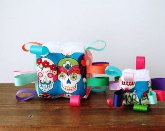 Sugar Skull Baby Block, Ribbon Toy, Festive Colorful Rattle Gift, Day of the Dead, Frida Kahlo, Dia De Los Muertos, Pink Mint Purple