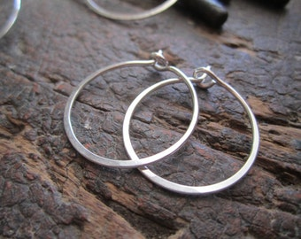 Small Classic Round Sterling Silver Hoop Earrings