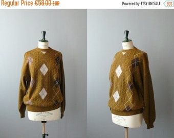 40% OFF SALE // Vintage argyle sweater. 1970s sweater. Mens sweater
