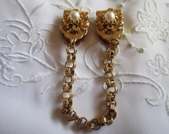 Vintage Gold Tone Sweater Guard with Linked Chain and Flowers on Clips with Faux Pearls